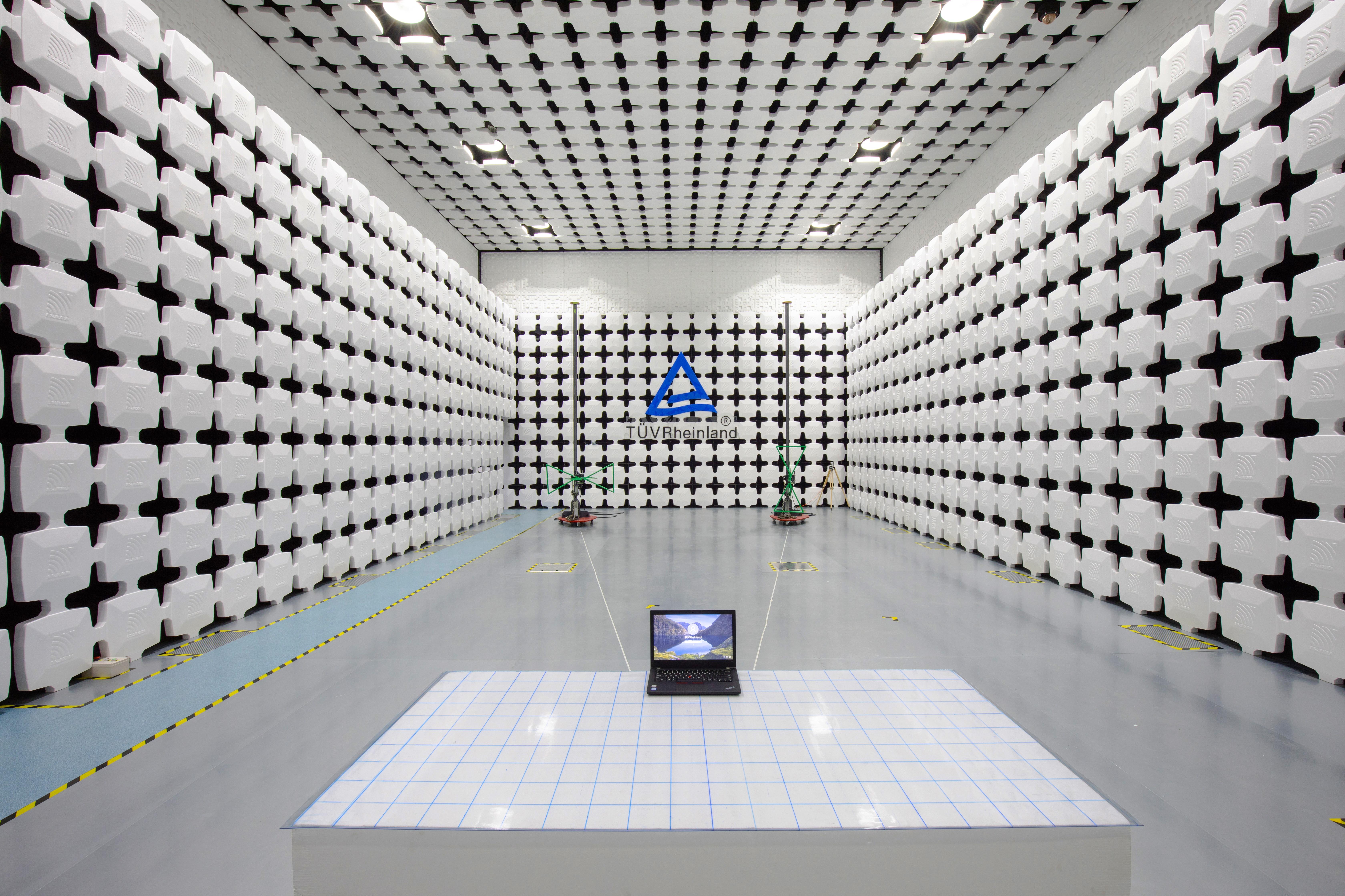 10m Semi-Anechoic-Chamber